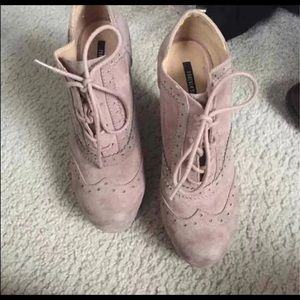 Ankle boots Forever 21 * lace up suede* 7
